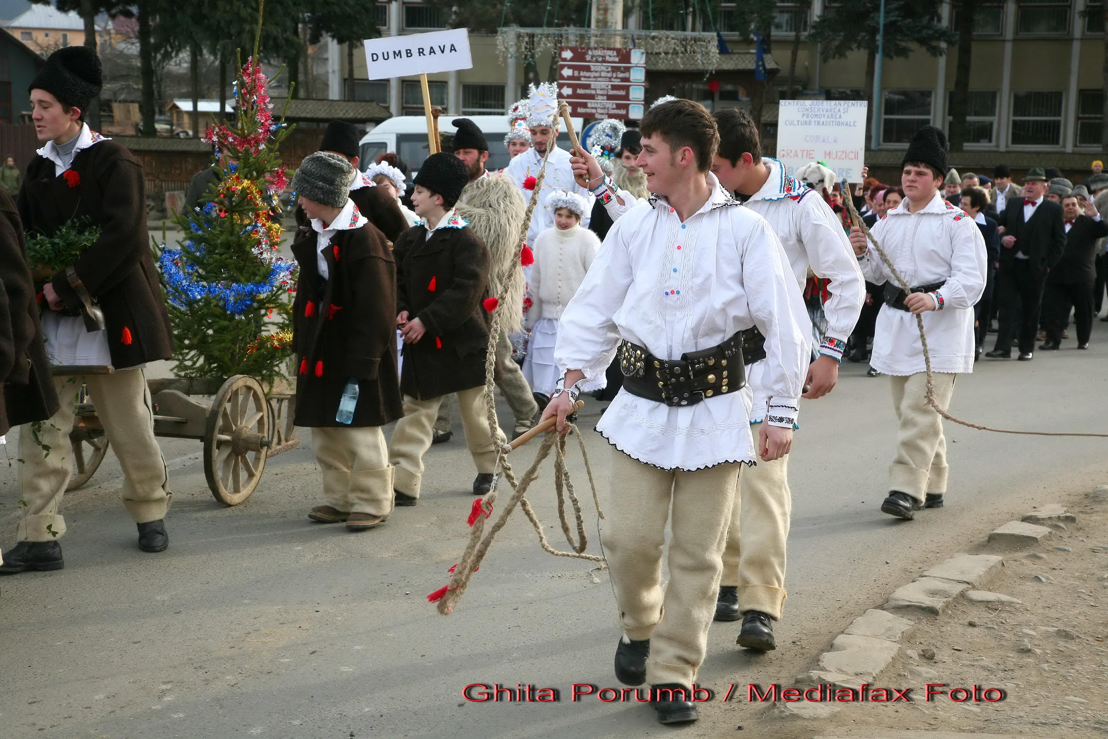 Festivalul de Datini si Obiceiuri, la Botosani!