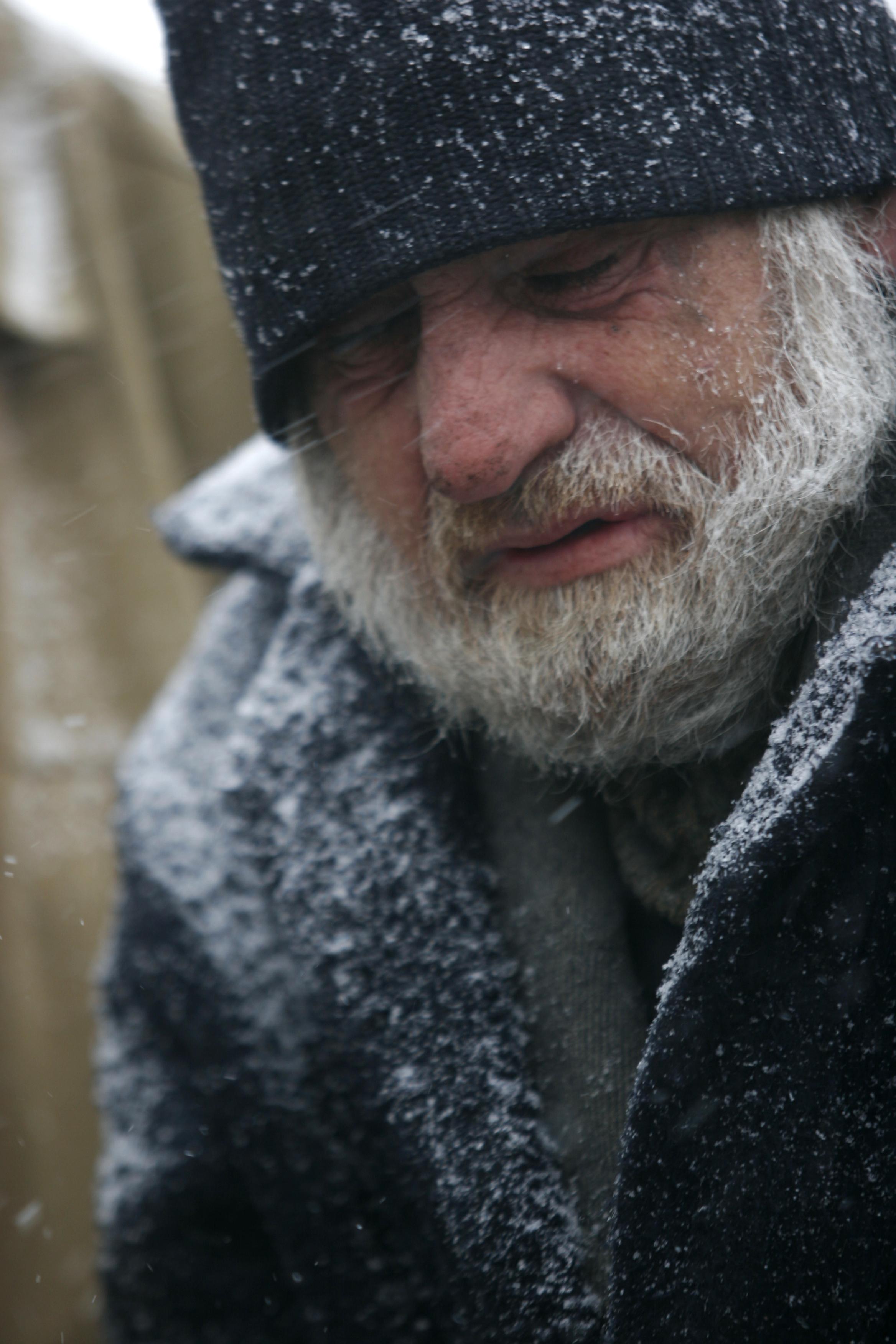 Spitalele din zona Moldovei, pline cu pacienti aflati in soc hipotermic