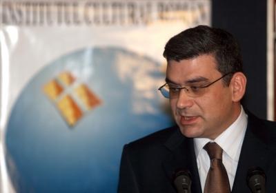 Baconschi: Nu e sfarsitul lumii daca ratam aderarea la spatiul Schengen