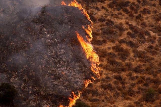 Incendiu de proportii intr-o rezervatie indiana de langa Seattle