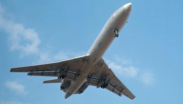 O stewardesa a fost ceruta in casatorie in timpul unui zbor