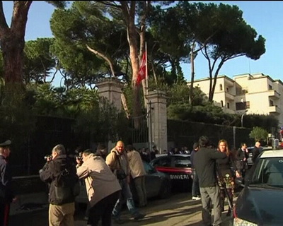 Colete suspecte la Roma. Mai multe ambasade vizate