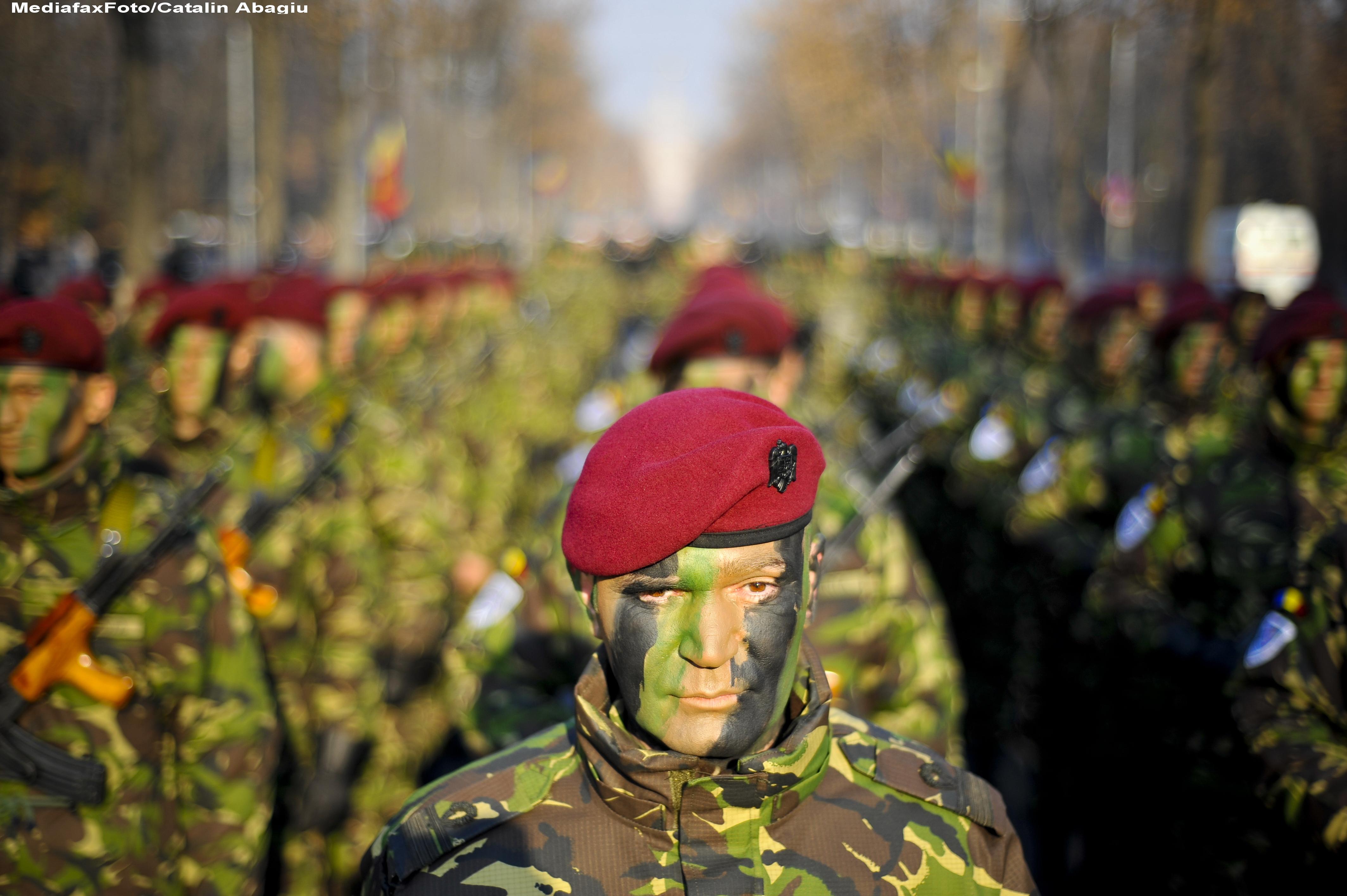 Ziua armatei la Cluj: expozitii de tehnica militara si demonstratii de manuire a armamentului