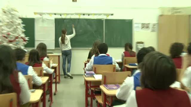 Campioni la chiul. Elevii hunedoreni au adunat sute de mii de absente, in doar o luna