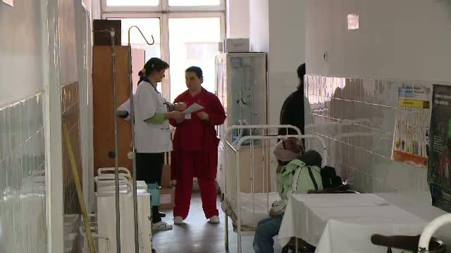 Explozie cu repetitie la spitalul din Targu Jiu. Un cazan al centralei termice a sarit in aer
