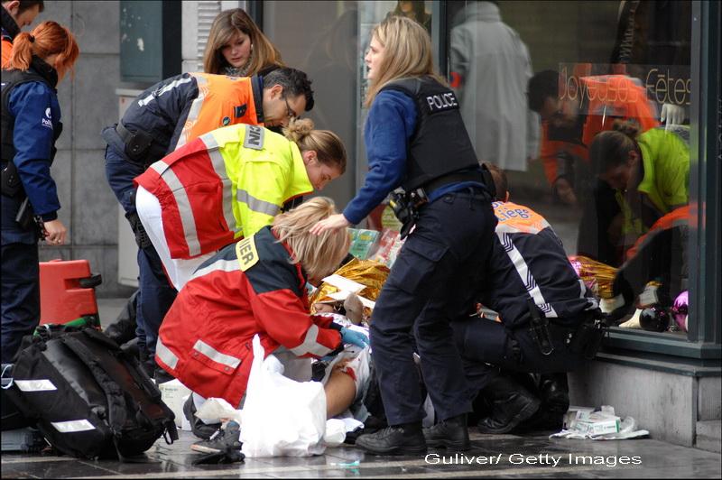 4 morti si 125 de raniti in Belgia. Cine este barbatul care a aruncat grenade de pe o brutarie