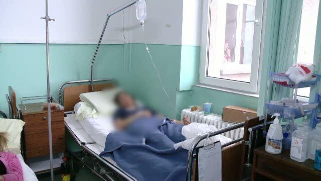 Doua surori, injunghiate de iubitul uneia din ele. El fusese reclamat pentru act sexual cu o minora