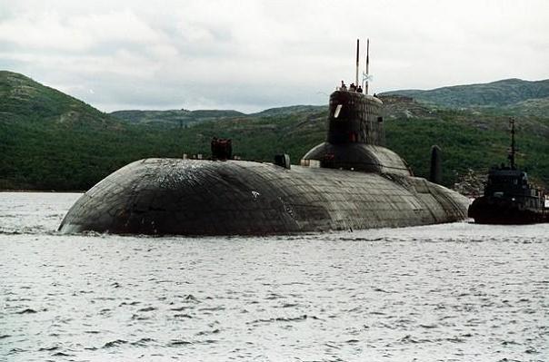 Incendiu la bordul unui submarin nuclear rus, fara scurgeri radioactive