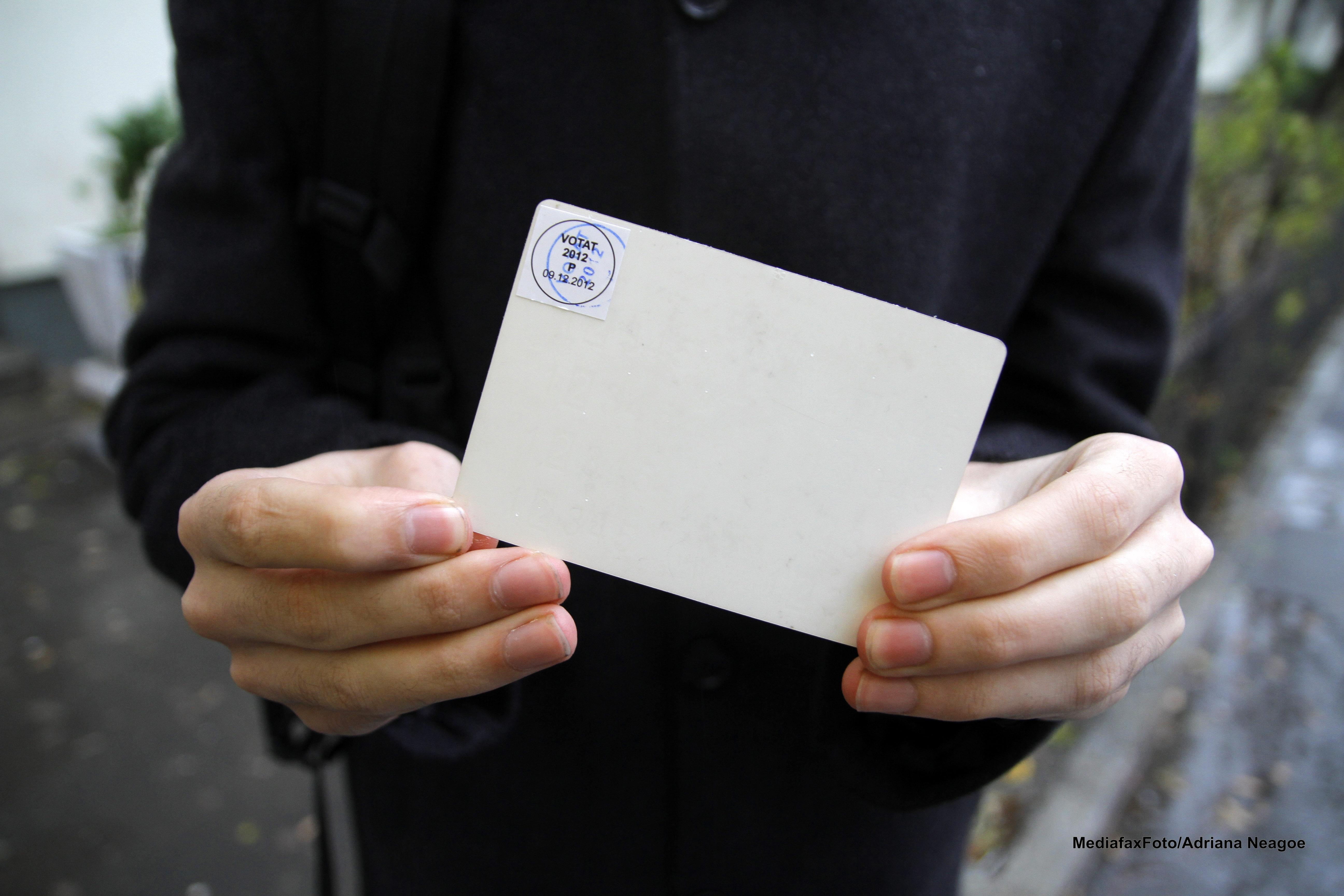 Alegeri prezidentiale 2014. Guvernul va modifica legea pentru organizarea scrutinului. Care este cea mai mare schimbare