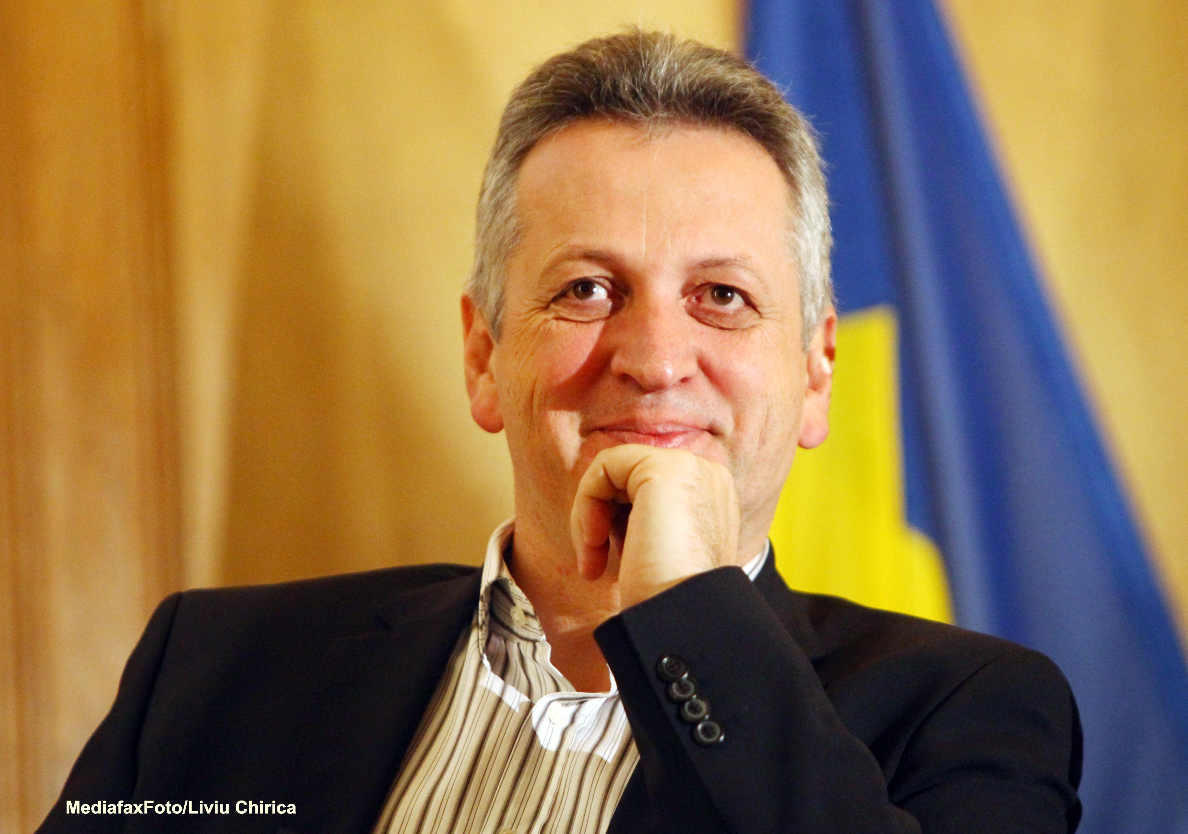 PDL vrea dezbaterea Raportului MCV in Parlament si demiterea ministrului Relu Fenechiu