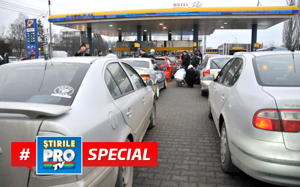 De ce cresc taxele la carburanti. Pe cine ajutam de fapt cand platim mai mult la pompa