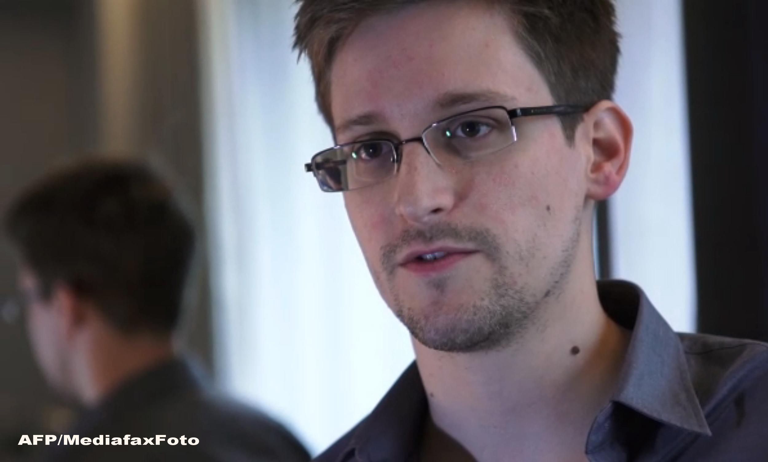 Oficialii agentiei NSA l-ar putea amnistia pe Edward Snowden daca primesc inapoi toate documentele