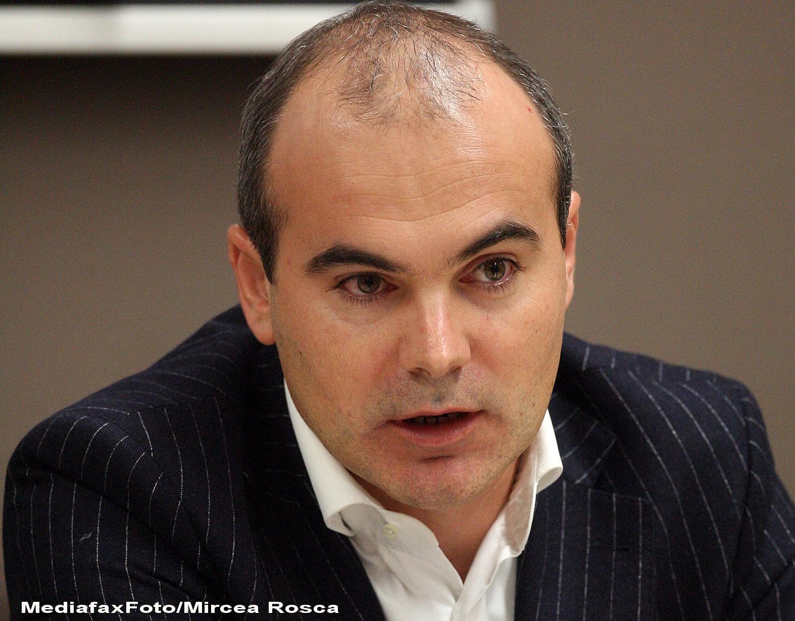 Validarea lui Rares Bogdan la conducerea TVR, respinsa de Parlament din lipsa de cvorum