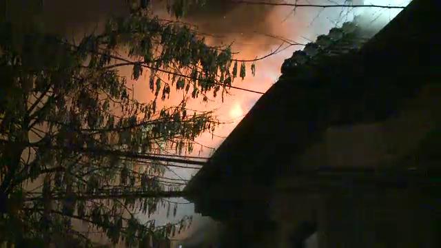 Incendiu produs joi noapte la o vila din Dorobanti din cauza unui semineu