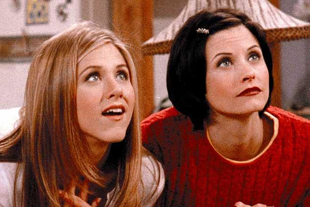 Jennifer Aniston si Courteney Cox au sarbatorit 10 ani de la terminarea lui