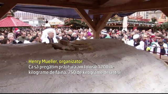 Nemtii intampina Craciunul cu cea mai mare prajitura, de trei tone. Cum arata desertul preparat de 130 de cofetari