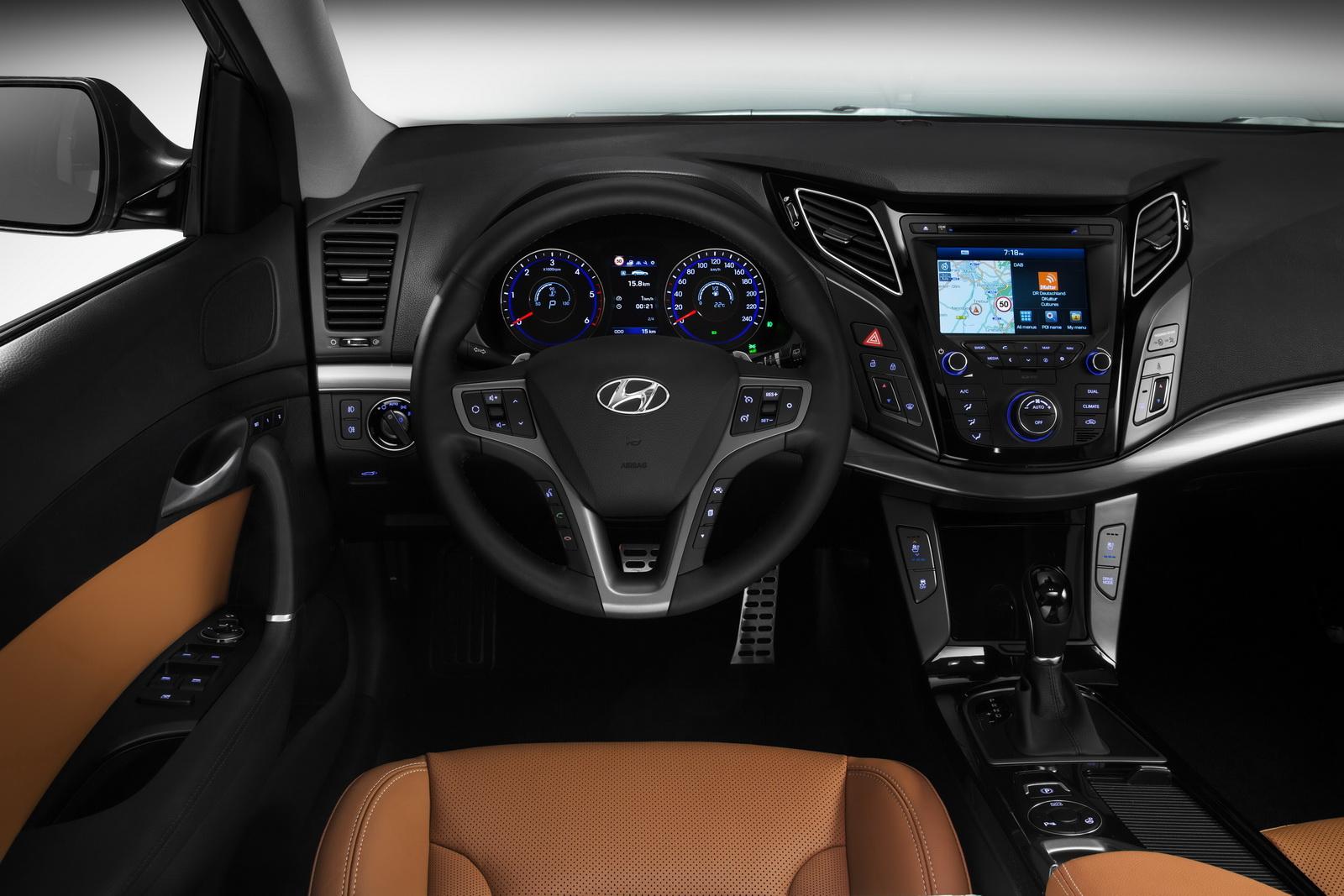 Hyundai, record de lansari. i20, i30 si i40, trei modele noi intr-o singura zi. FOTO
