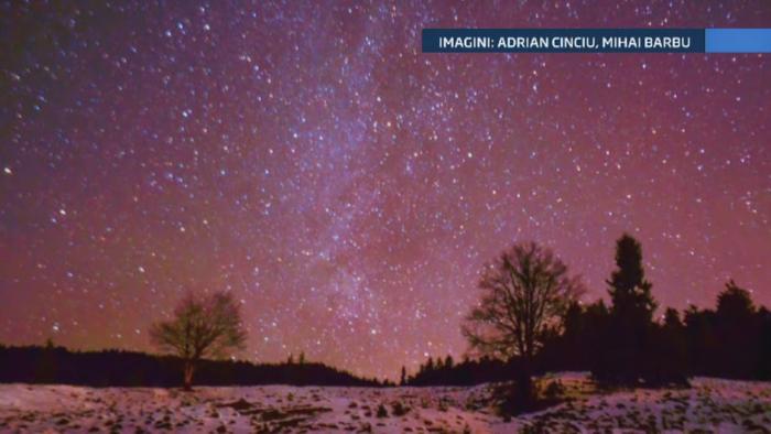 Fenomen spectaculos pe cer sambata noaptea. Romanii au putut privi sute de stele cazatoare