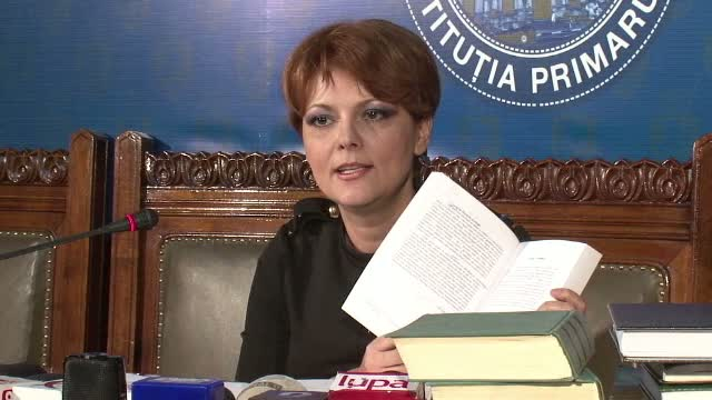 Lia Olguta Vasilescu, suspectata de plagiat: Universitatea Bucuresti cere analiza tezei de doctorat. Reactia primarului