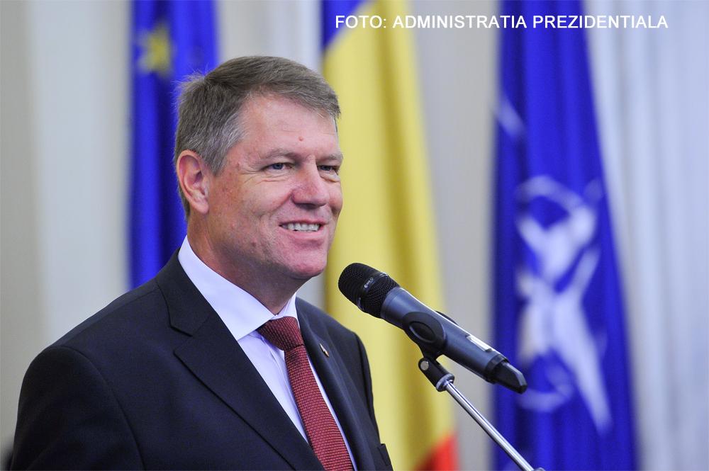 Primele legi promulgate de Klaus Iohannis. Presedintele a semnat si 16 decrete de eliberare din functie a unor magistrati