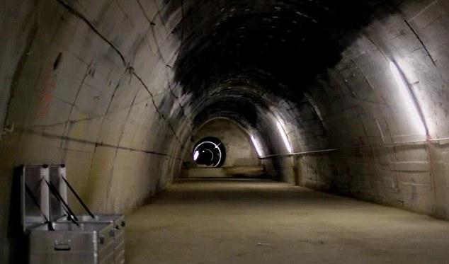 Un cineast a descoperit in Austria buncarele in care Hitler intentiona sa construiasca o bomba atomica