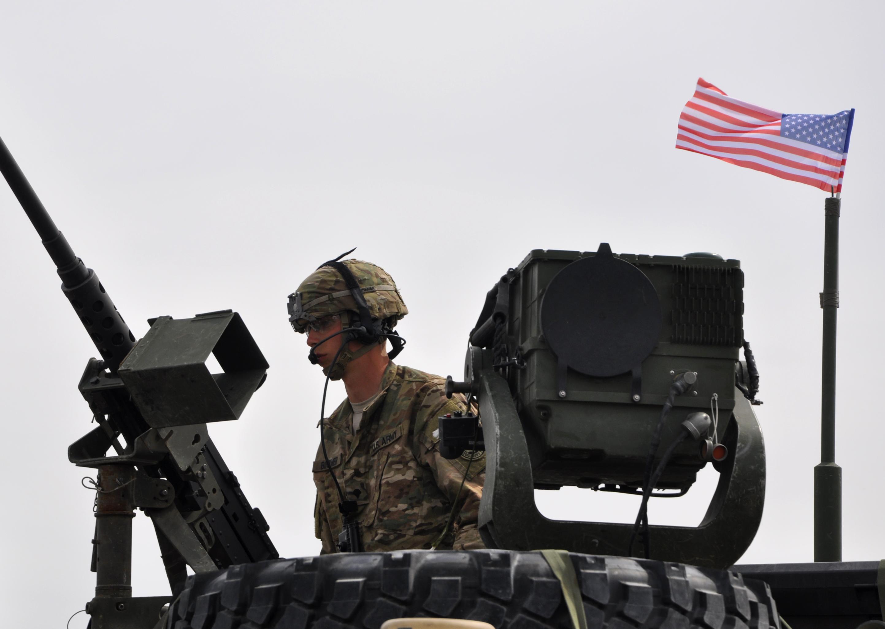 De 1 Decembrie, SUA aduce 70 de piese de echipament militar in Romania. Ce spun oficialii americani despre aceasta mutare