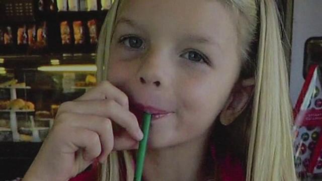 O fetita de 7 ani din SUA a fost impuscata de un prieten de familie. Barbatul obtinuse legal arma, desi avea probleme mentale