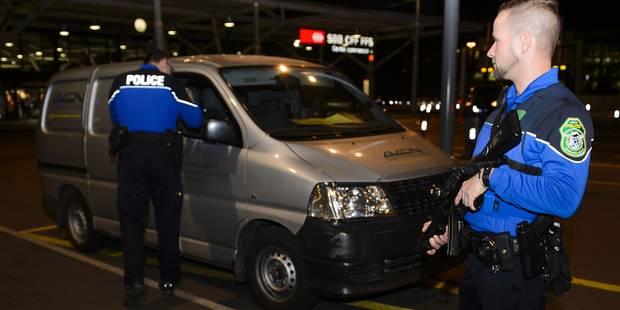 Amenintare terorista la Geneva: doi barbati de origine siriana, arestati. Ce au descoperit politistii in masina lor