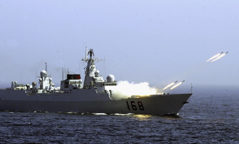Rusia ar fi lansat exercitii aeriene asupra unor nave NATO in Marea Neagra. Ce spun serviciile secrete ucrainene