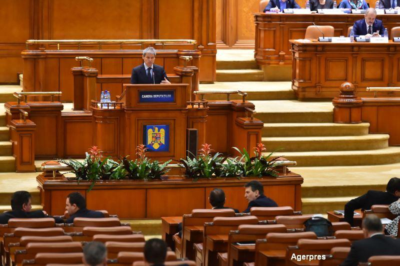 Premierul, chemat in Senat la propunerea lui Tariceanu sa dea explicatii in cazul ANAF-Intact. Ce masuri a luat deja Ciolos