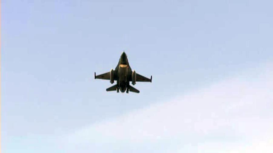 Romania a inceput negocieri cu Statele Unite ale Americii pentru cumpararea de avioane F-16
