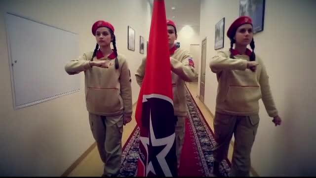 Mannqeuin Challenge, varianta cu armata rusa. Imaginile filmate in cladirea Ministerului Apararii
