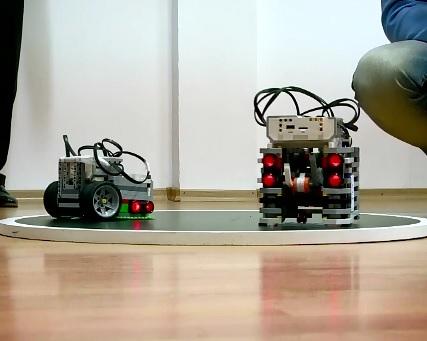 Doi elevi de la Liceul de Informatica din Constanta, pe podium la o competitie de robotica in Estonia