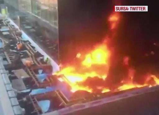 Panica in cartierul Manhattan din New York dupa ce un etaj al unui spital a fost cuprins de flacari