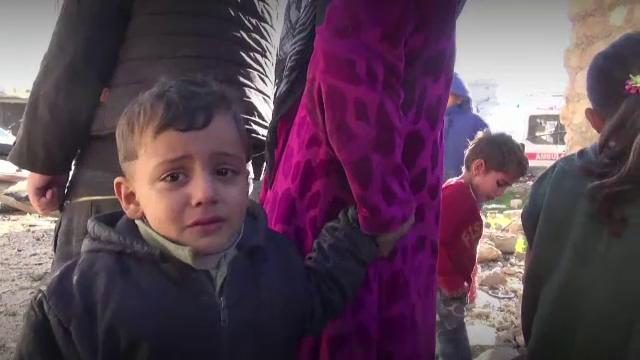Motivul pentru care evacuarea civililor blocati in Alep a fost intrerupta brutal.