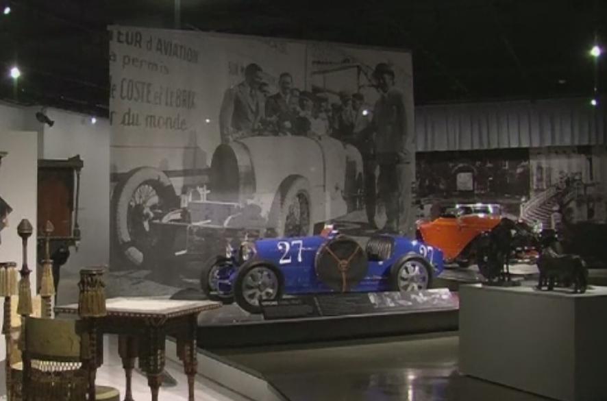 Expozitie cu unele dintre cele mai faimoase si rare limuzine Bugatti. Operele pot fi admirate la Los Angeles