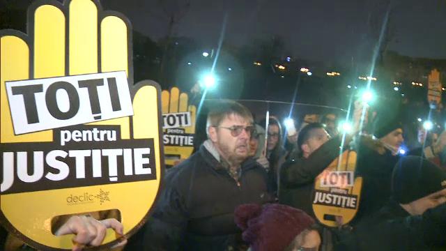 """Preşedintele PPE: """"Este o zi tristă pentru România"""". Mesajul privind independența justiției"""