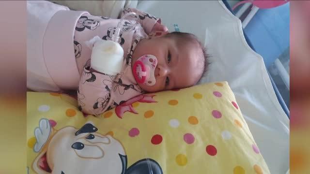 Numărul bebelușilor infectați cu stafilococ auriu crește zilnic. Acuzațiile unei mame