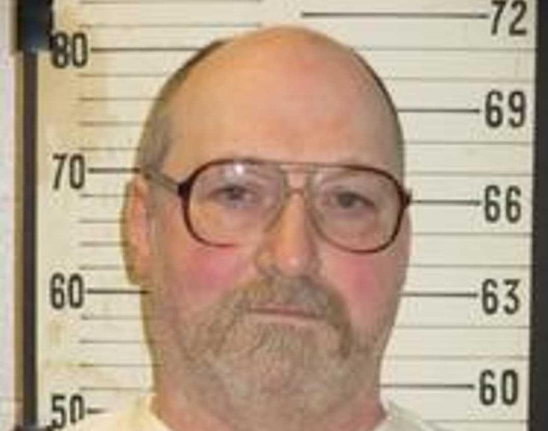 Cina modestă a unui condamnat la moarte. Bărbatul va fi executat azi pe scaunul electric