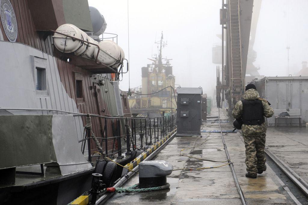 Cine s-a oferit să le ia locul după gratii marinarilor ucraineni capturaţi de Rusia