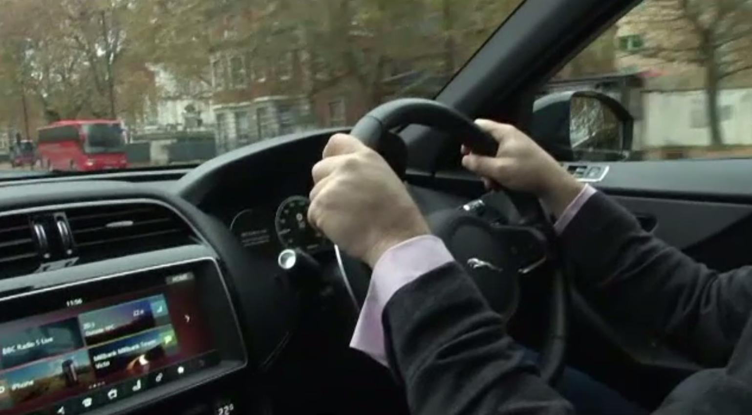 Gadget-ul care purifică aerul din mașină. Cum se montează și care sunt beneficiile