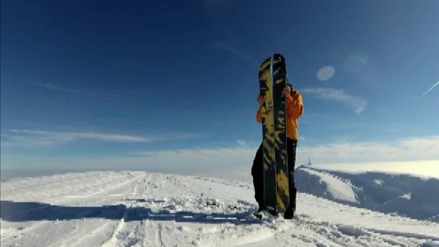 Snow-skating, splitboard sau ski-trike, noile atracţii ale pasionaţilor de sport din România