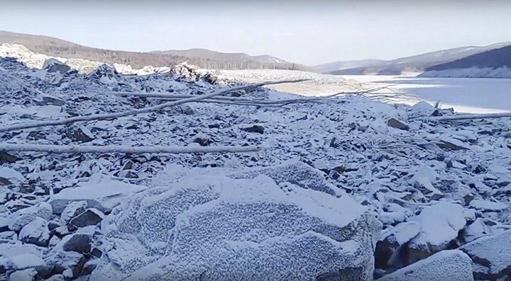 Un obiect extraterestru s-a prăbuşit în Rusia şi a schimbat relieful unei regiuni