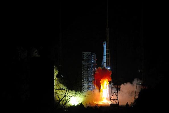 China se pregăteşte să aselenizeze pe faţa nevăzută a Lunii: