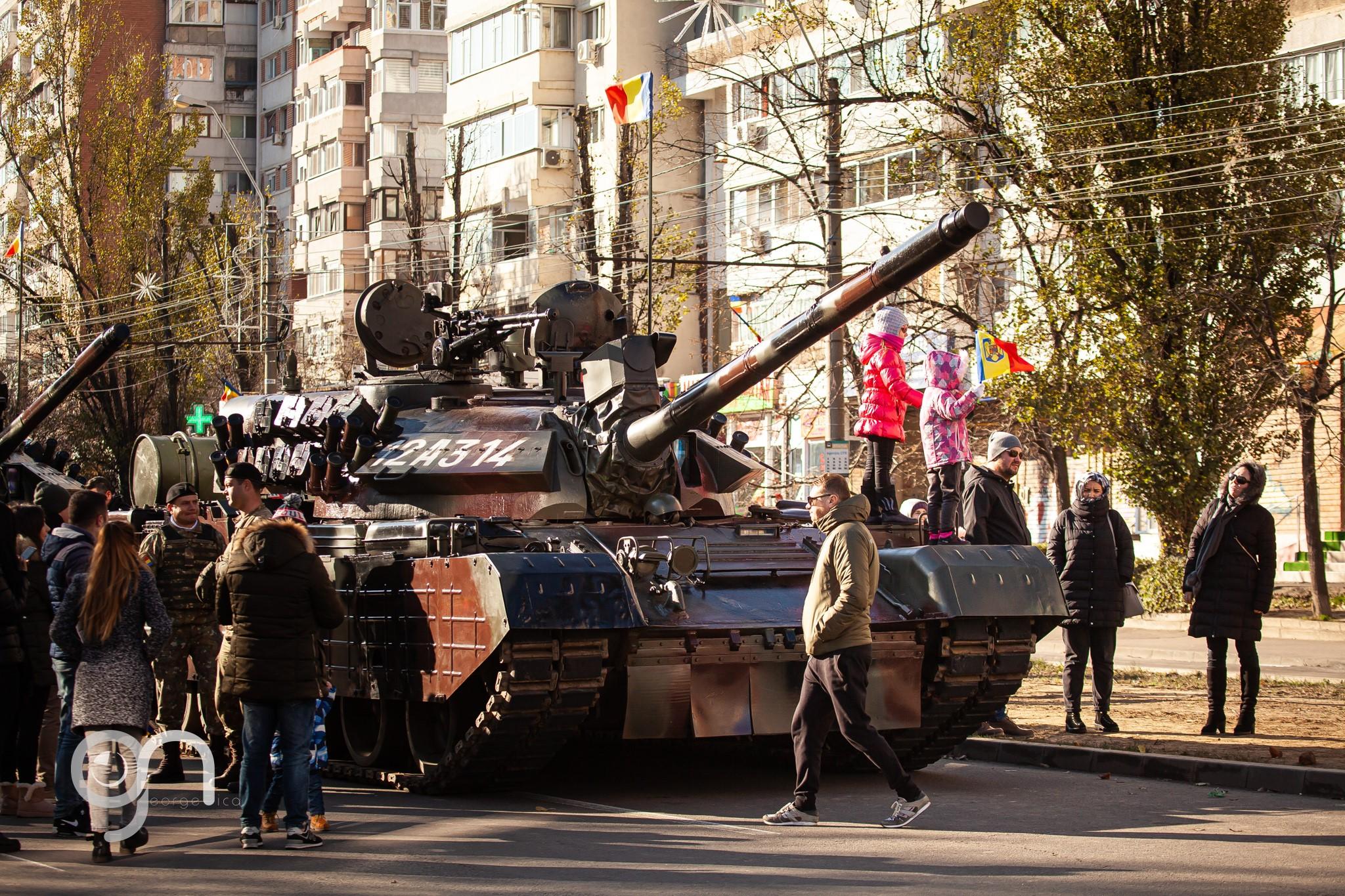 Un tanc s-a defectat la parada de 1 Decembrie de la Galați şi a blocat circulaţia în centrul orașului