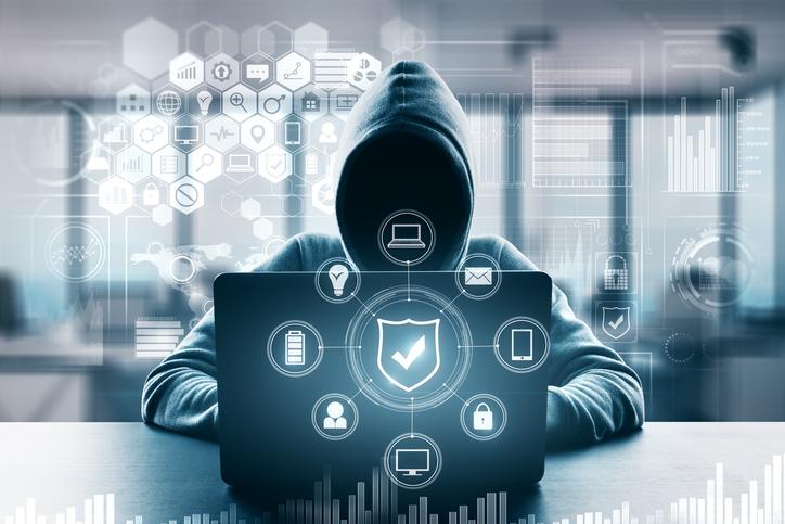 Hackeri asociați cu serviciile secrete ruse, inculpați în SUA. Au furat peste 100 mil. $