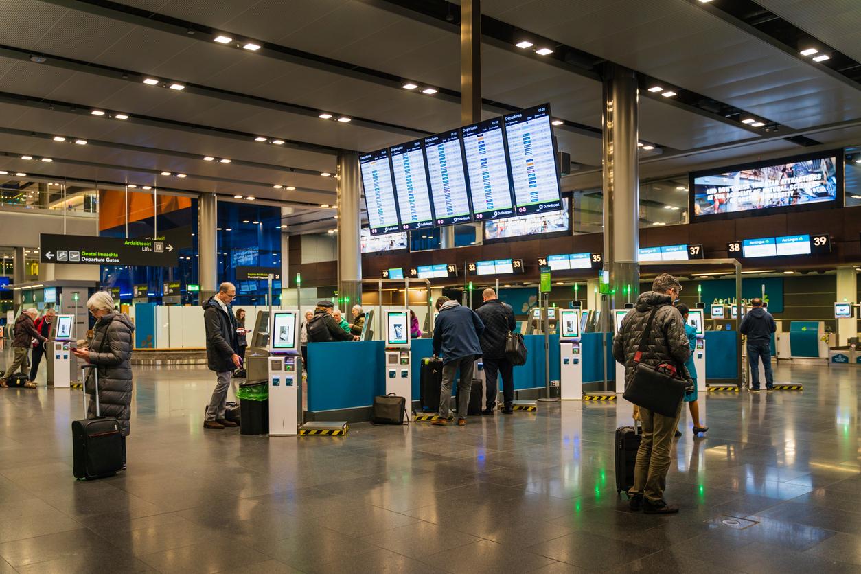 Doi români, arestați pe aeroportul din Dublin, când încercau să urce în avion