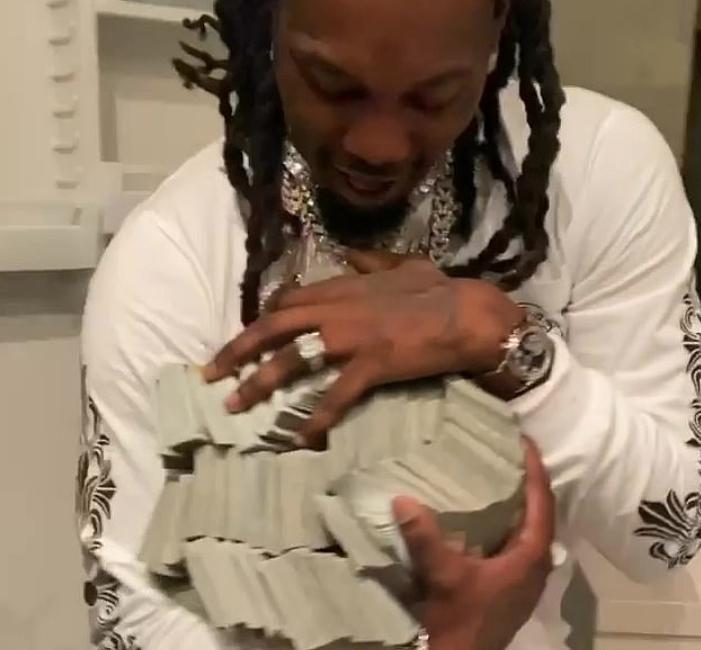 Cardi B i-a oferit soțului ei 500.000 de dolari, de ziua lui. Reacția acestuia