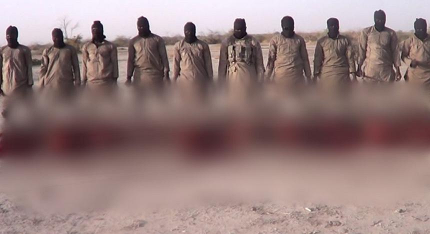 Răzbunarea liderului. ISIS a executat 11 bărbați în ziua de Crăciun și a publicat filmarea