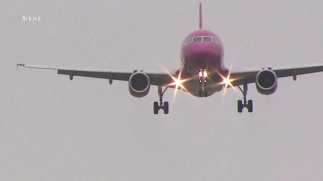 Un avion plin cu români a fost aproape de un accident aviatic. Cum a evitat pilotul tragedia